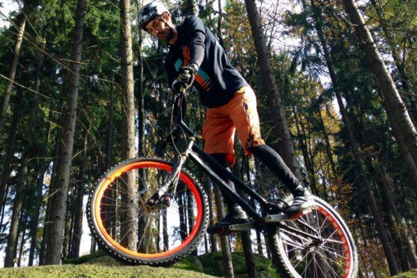 Tomáš-Žoržo-Eibl-biketrial-ex